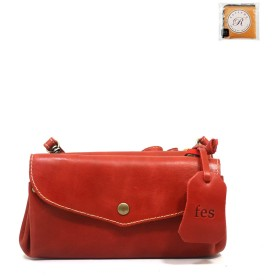 【fes/フェス】カウレザーお財布ショルダーバッグ 細部までにこだわった作り クラッチバッグとしても フリースペースも豊富 売れ筋 + [ラヴィネ]2ポケットウォレット (レッド)