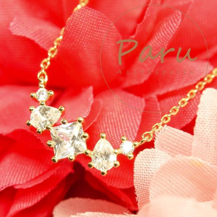 Paru。菱形5顆超閃鋯石水鑽金色項鍊~鎖骨鏈頸鏈短鍊~婚宴婚禮氣質大推~情人節包裝送禮~全館現貨
