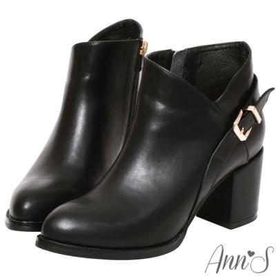 Ann'S 激瘦密語 側V後金方釦美型粗跟高跟短靴  黑