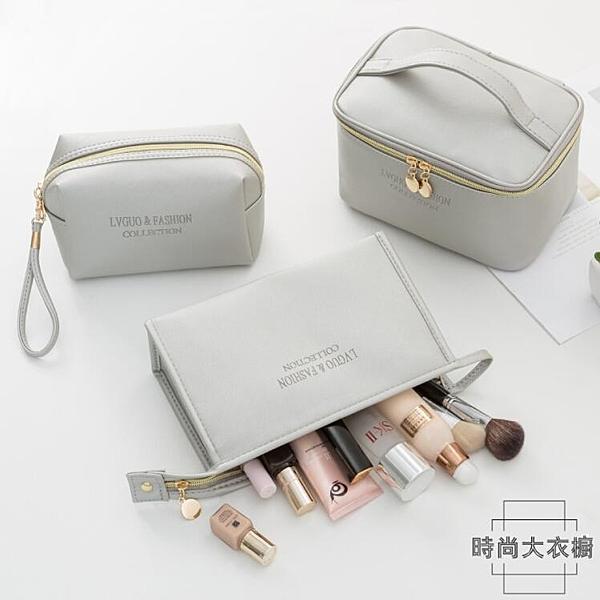 化妝包便攜防水大容量收納包簡約日系化妝品手提袋洗漱包【時尚大衣櫥】