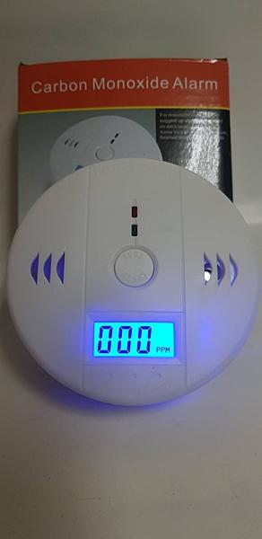 消防器材批發中心 獨立式一氧化碳(CO2)警報器 接電池型 居家安全 廠辦.滅火器(CE認證保固2年)