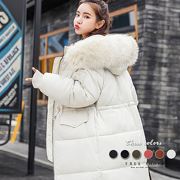 冬天這件最保暖 好穿修身又不顯胖 收腰設計擺脫臃腫外套穿上它漂亮出街吧 大毛領臉立刻小2吋神奇效果