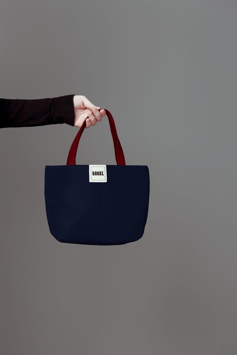 簡約跳色 帆布小手提袋 / 便當袋 / 藏藍+咖啡紅
