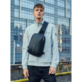 秋新作 メンズ ボディバッグ USB充電  斜め掛け ショルダーバッグ ビジネスバッグ バッグ かばん 防水 大容量 bb039