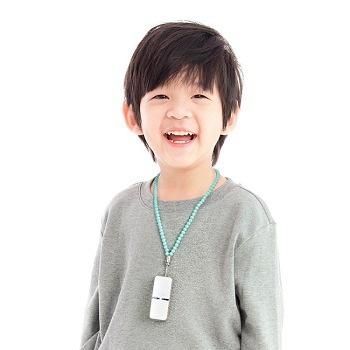 日本原裝 IONION LX超輕量隨身空氣清淨機 湖水藍兒童吊飾鍊組