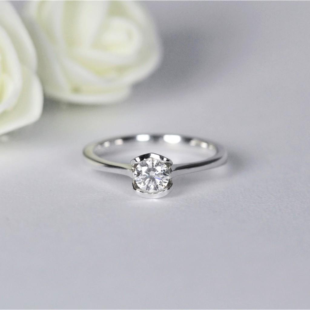【X.Lure】18K 主鑽30分單鑽愛心鑽石戒指 求婚戒指 訂婚戒指 鑽石 戒指 鑽戒 線戒 婚戒 女戒 K金 輕珠寶