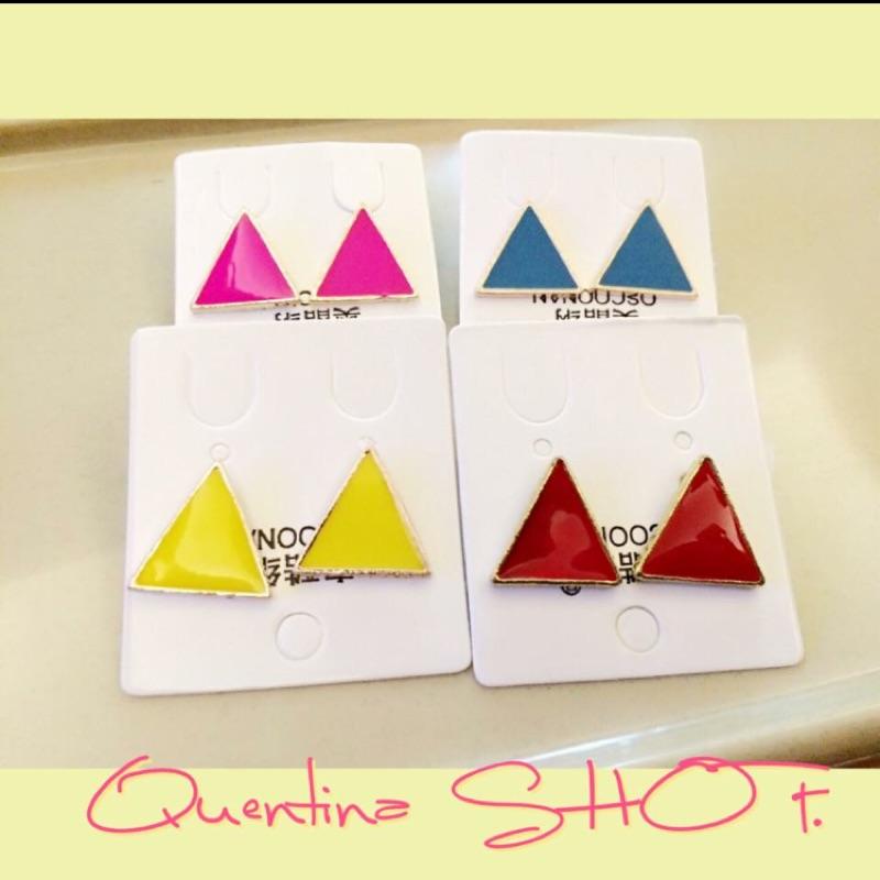 韓國彩色三角耳環