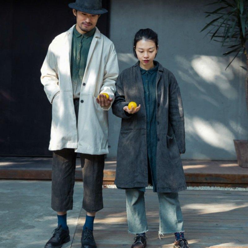 等風來 | 煙灰暖白兩色 天然植物染外套風衣  有機棉斜紋工裝質料