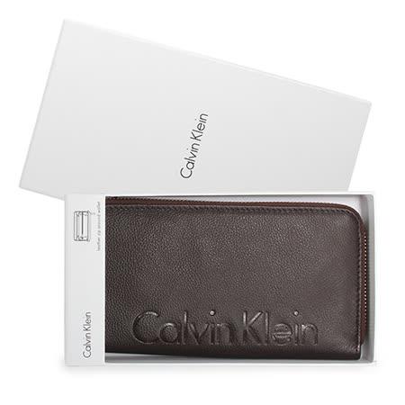 Calvin Klein CK壓印LOGO荔枝紋皮革拉鍊長夾禮盒-咖啡色