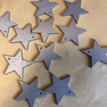 送料無料!クリスマスにぴったり!星のチャーム5枚
