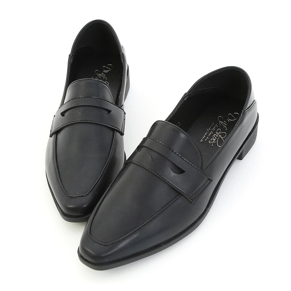 D+AF 紳士格調 經典款微尖頭樂福鞋  黑