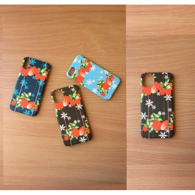 iPhoneいちご 雪の結晶 黒色・側面印刷スマホケース・ツヤあり(コート)ツヤなし(マット)各種