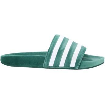 《セール開催中》ADIDAS ORIGINALS メンズ サンダル グリーン 4 紡績繊維