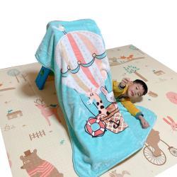 Leafbaby 兒童房幼兒園可用冬天保暖法蘭雲貂絨兒童蓋毯-歡聚熱氣球