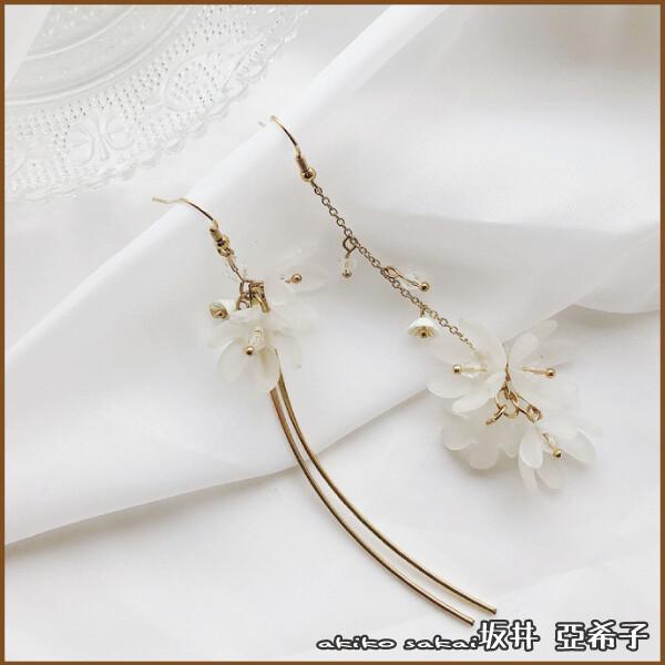 坂井亞希子純潔的花金屬流蘇不對稱耳環
