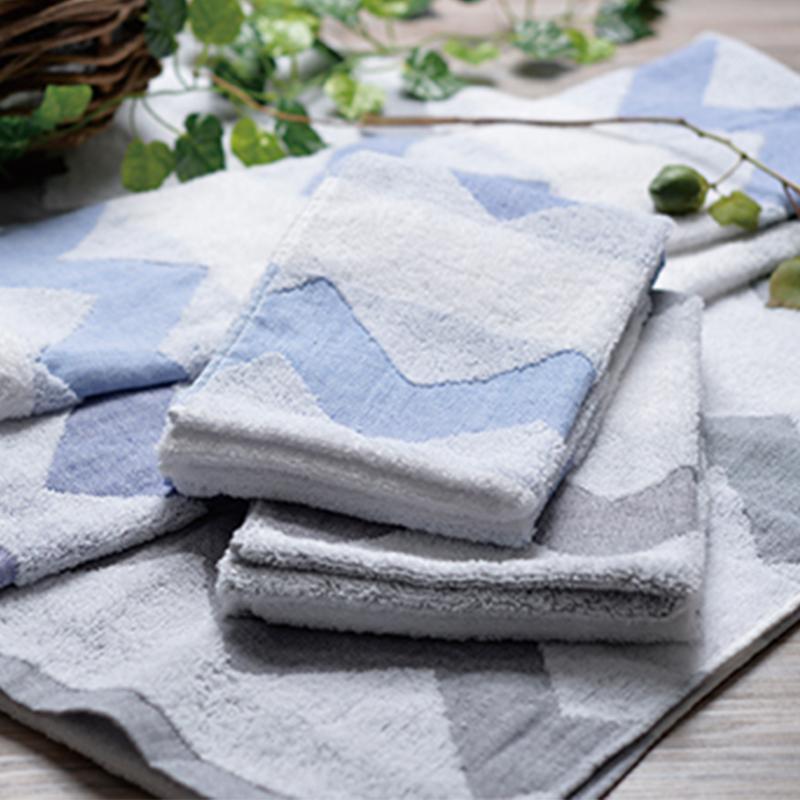 產品特色 本產品通過OCS有機棉認證 有機棉對環境友善 用得更安心 柔軟舒適觸感 洗澡時雙重享受 嬰幼兒 敏感肌膚也能使用! 產品介紹 注意事項 本產品為個人衛生用品,一經拆封即無法回復原狀。 除非拆