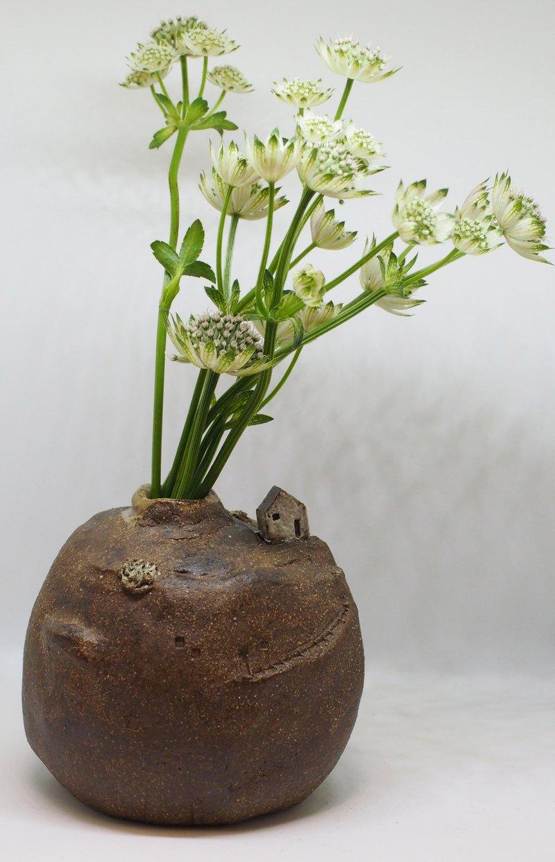 天梯小屋陶瓶
