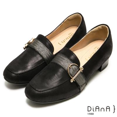 DIANA質感D字釦羊皮方頭樂福跟鞋-漫步雲端厚切焦糖美人-黑