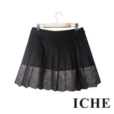 ICHE衣哲 金屬光澤感拼接百摺造型黑短裙