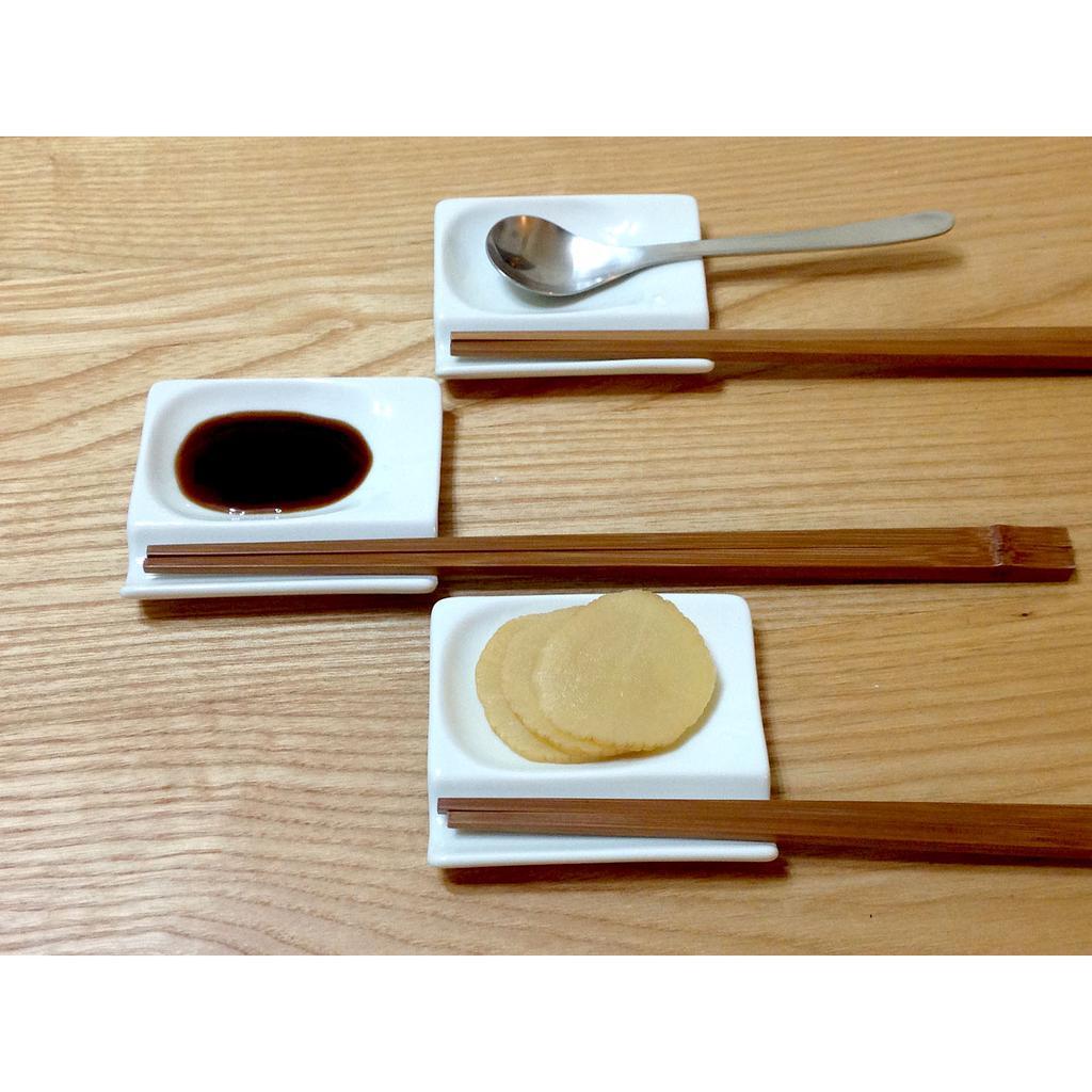 日本餐桌食器_筷架調味皿