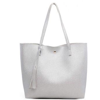 女性のためのバッグレディースソフトレザーショルダーバッグデザイナーブランドの女性のハンドバッグはハンドバッグを縁取られました,銀