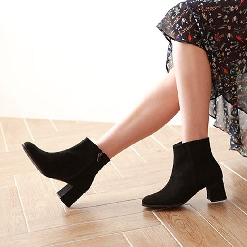 PRE-ORDER韓國人手製 MACMOC SANTO (BLACK) 高跟短靴
