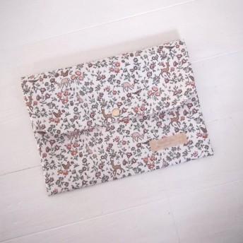 リバティ 母子手帳ケース メドウ・テイルズ/フレンチカラー B6サイズ マルチケース