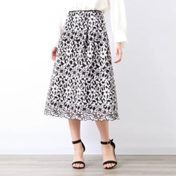 SALE【アマカ(AMACA)】 【COLLECTION LINE】フラワー刺繍スカート オフホワイト