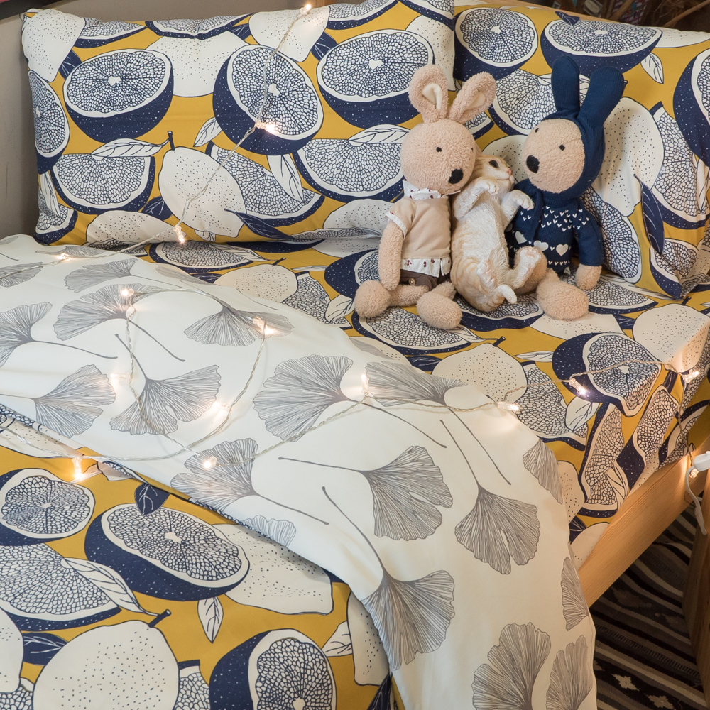 藍色檸檬與落葉【床包檸檬】 四季磨毛布 台灣製【棉床本舖】