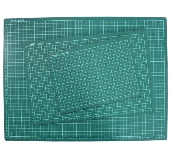 信億 切割板 A4 切割墊 墊板 16K切割板 桌墊切割板 切割墊 (有格 / 深綠色) 一片入