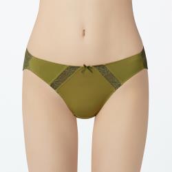 【瑪登瑪朵】無限包覆 低腰三角內褲(絲絨綠)