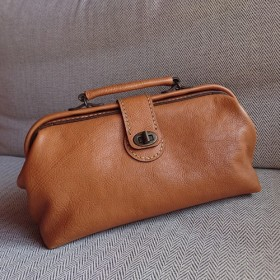 ハンドメイド 手縫い 本革 鞄 ダレス バッグ キャメル