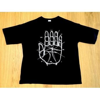 手Tシャツ