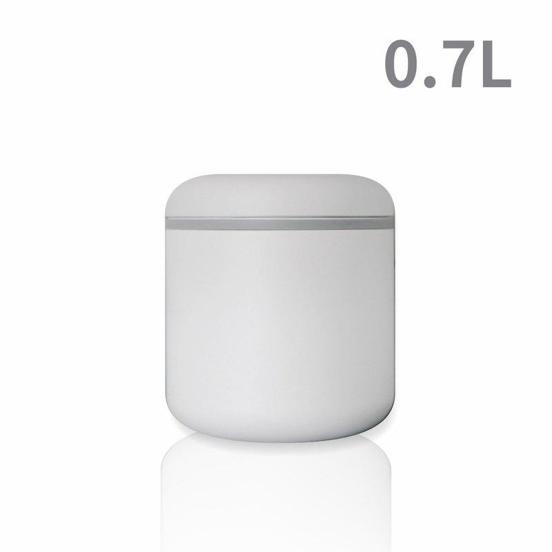 FELLOW ATMOS不鏽鋼真空密封罐(0.7L)-霧面白