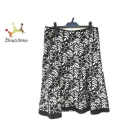 バーバリーロンドン スカート サイズ46 XL レディース 新品同様 黒×白 ラメ/ストライプ/花柄 新着 20200107