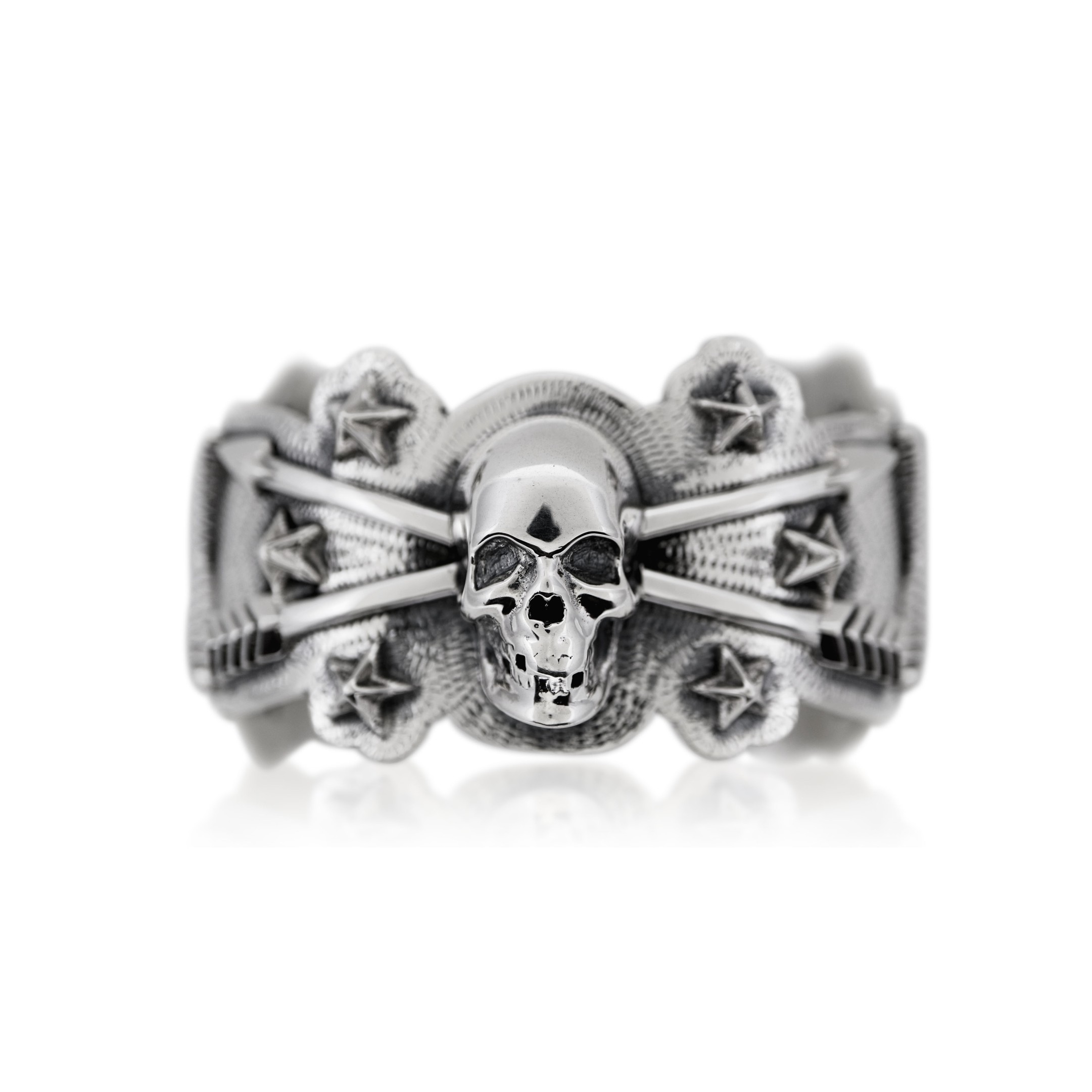 SKULL & CROSS ARROW CUFF [USD $3070]