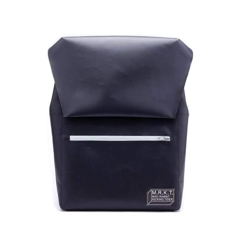 極簡大容量吸磁式後背包- 亮面曜黑 隨包附贈筆袋、方型小包各一(顏色隨機)