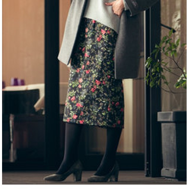 【J Lounge:スカート】≪洗濯機で洗える≫ストレッチジャカードボタニカルプリントスカート