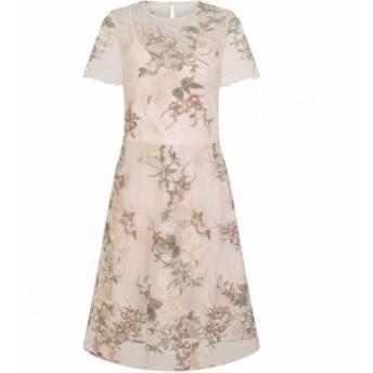 チチ Chi Chi レディース パーティードレス ミドル丈 ワンピース・ドレス Floral Embroidered Midi Dress Nude