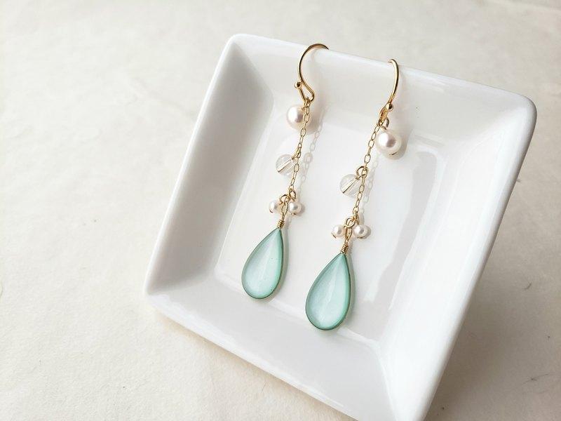 薄荷綠吊式耳環或耳環