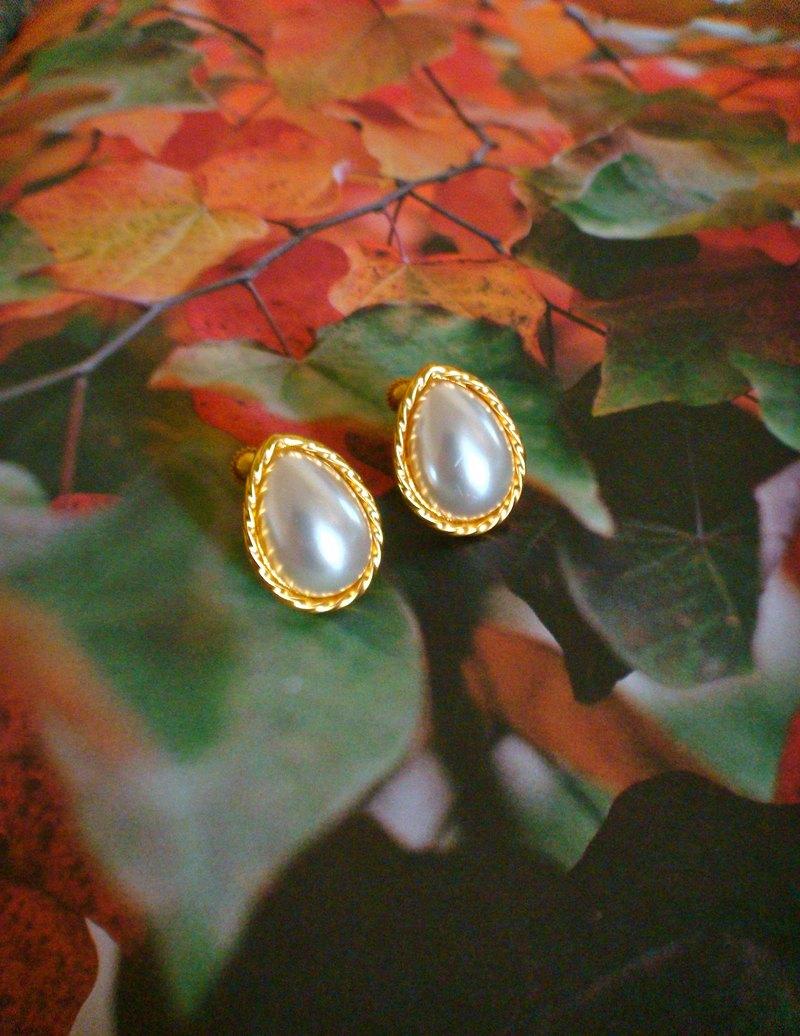 西洋古董 NAPIER 水滴珍珠夾式耳環 金色 VINTAGE 時尚珠寶飾品
