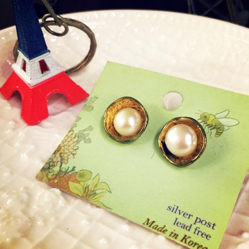 [正韓]金凹槽上珍珠耳環