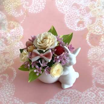 プリザーブドフラワー うさぎの花かご
