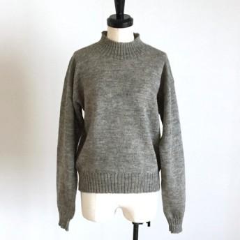ヘザーチャコール の ハイネックセーター