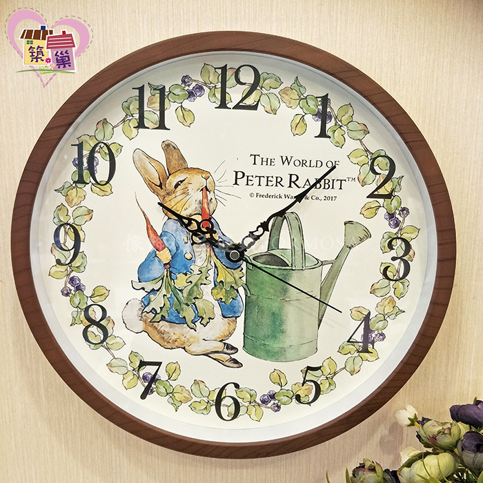 《正版授權》彼得兔吃蘿蔔超靜音時鐘 【Peter Rabbit 彼得兔】