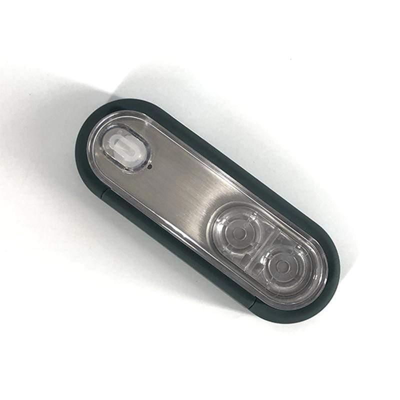 產品特色 內置儲液槽,不僅可以清洗還可以儲存美瞳/隱形眼鏡 可上機的液體容量,即使在飛機或旅途中眼睛乾澀,也可即更換清洗鏡片 食品級不鏽鋼內瞻,無菌更安全,清洗更方便 強大清潔力,高頻震動清洗,有效清