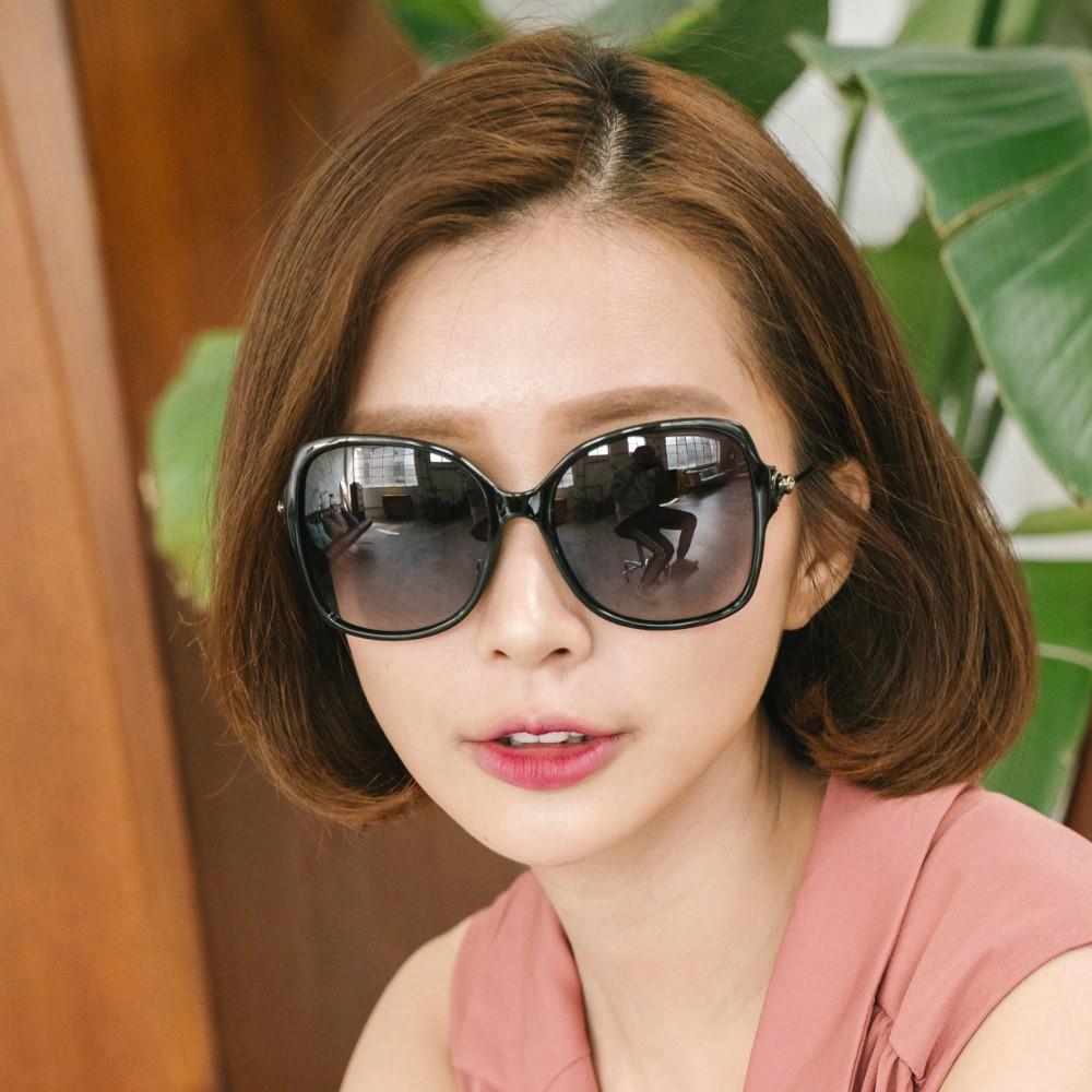 精緻鏤空金屬設計純黑寶麗來偏光墨鏡│UV400太陽眼鏡│赫拉的金色權杖│ALEGANT