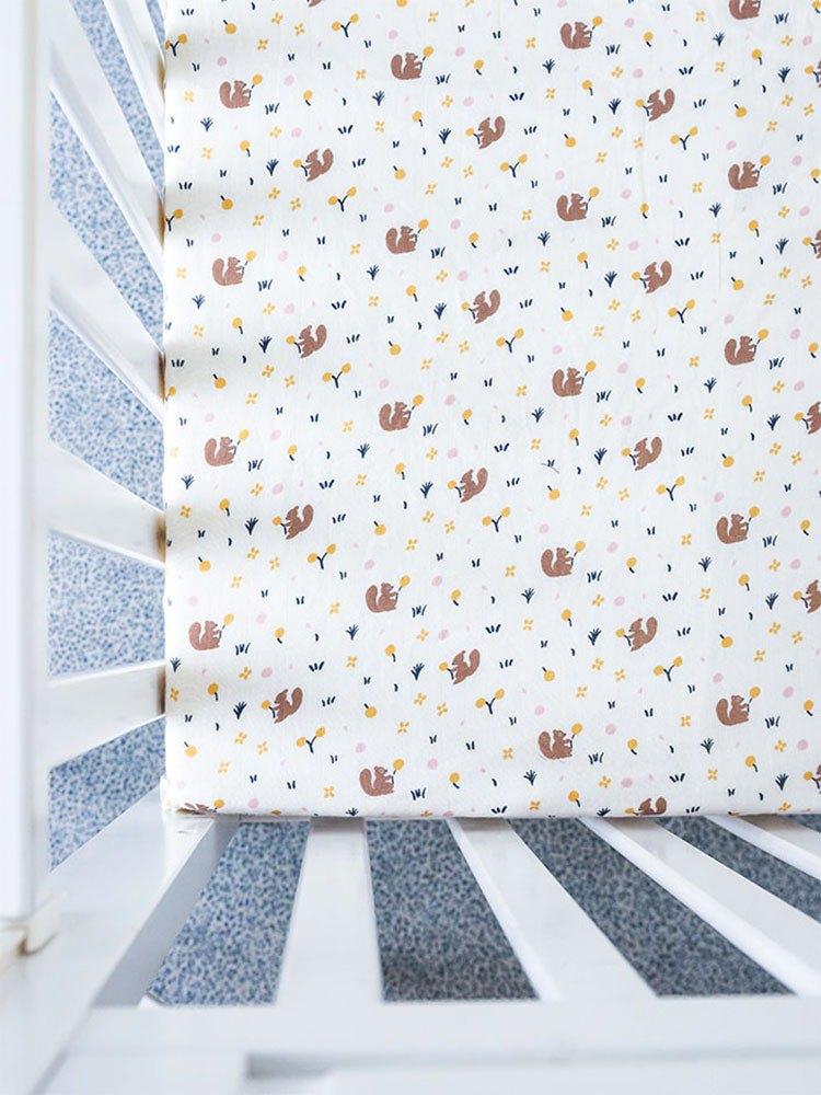 Organic B 有機比比 彌月禮嬰兒有機棉紗床包-松鼠覓果子