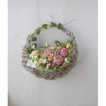 芍薬の花篭リース