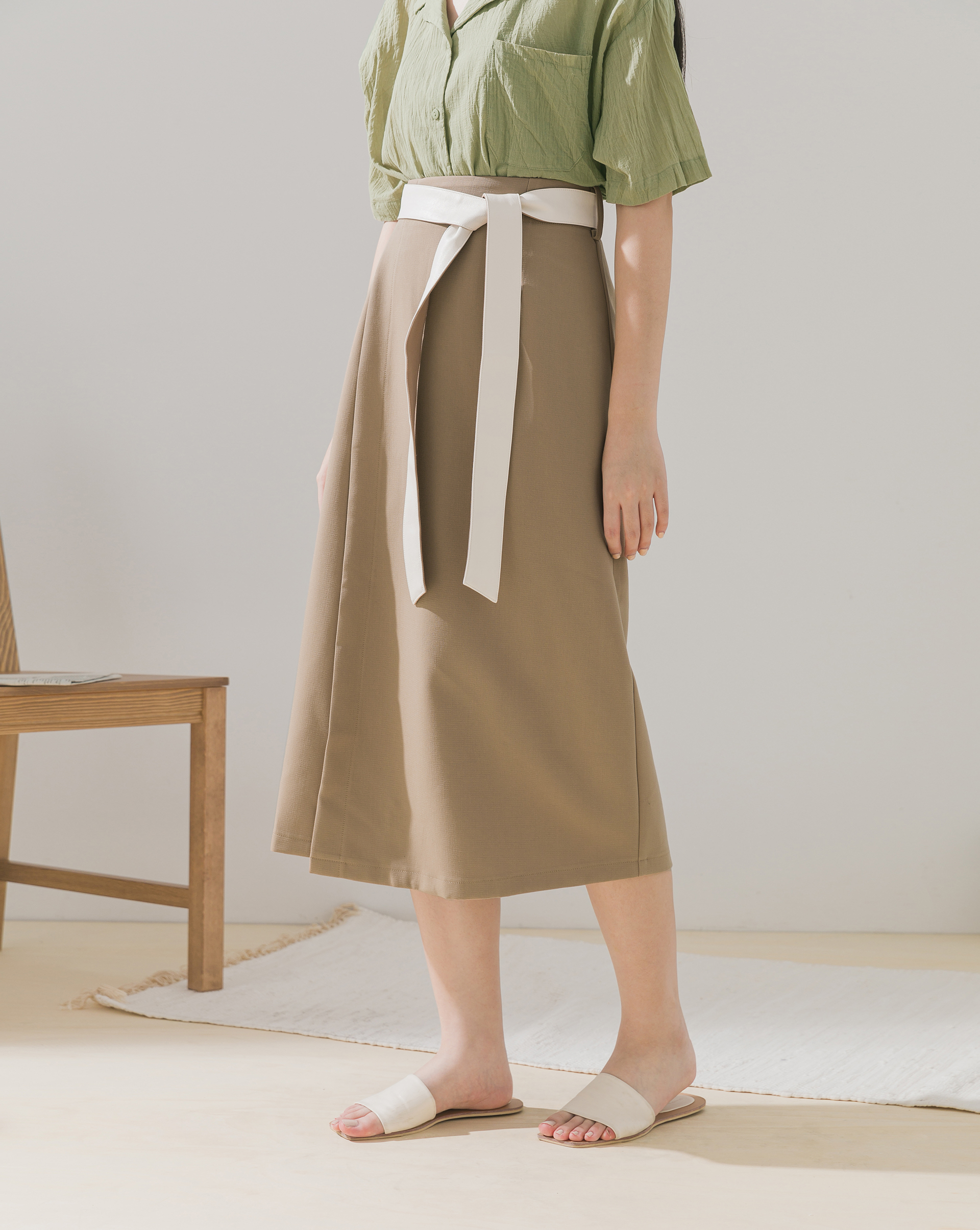 拼接腰帶一片式中裙-Meierq